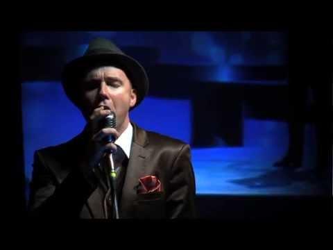FUNKSIE/PROFIEL | Jakkie Louw : 'Sing Sinatra'