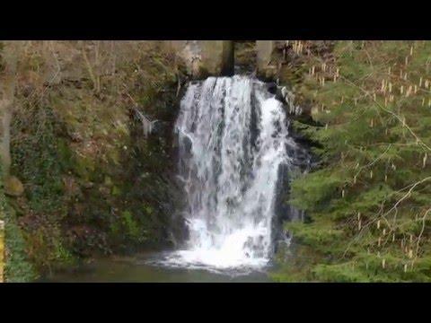Am Wasserfall In Katzenloch Bei Kempfeld