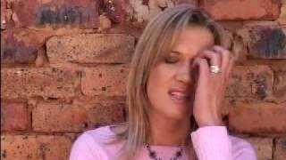 Juanita Du Plessis - Houtkruis.mp4