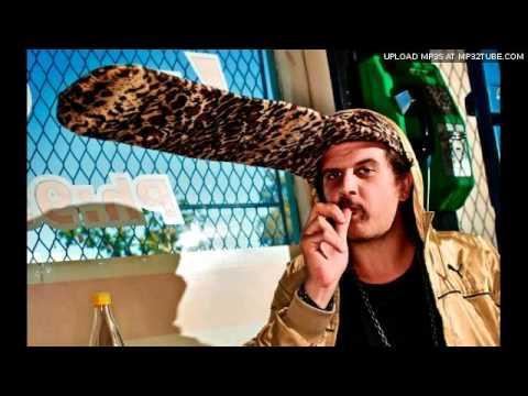 Jack Parow - Onder Draai Die Duiwel Joints (Official HQ)