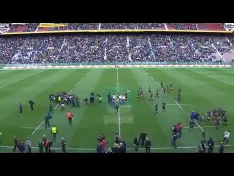 Crowd Takes Over South African National Anthem SA Vs World XV