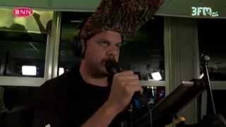 Jack Parow - 'Veilig' Live @ 3FM Freaknacht