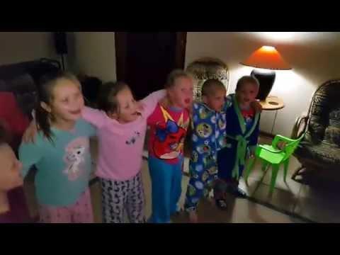 Kinders Sing Dewald Wasserfall - Eendag As Ons Groot Is