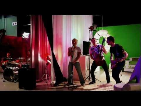 Dewald Louw - Liefkry Music Video Met Systraatserenade