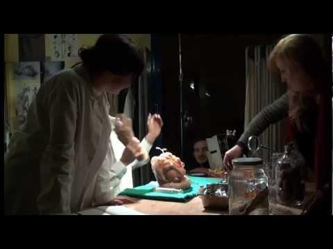 Agter Die Skerms Van Chris Chameleon Se 'Elke Man Het 'n Kop' Video