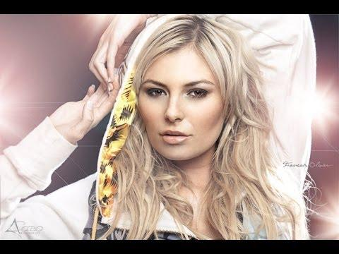 Karlien Van Jaarsveld - Sweet Dreams (Piano Cover)