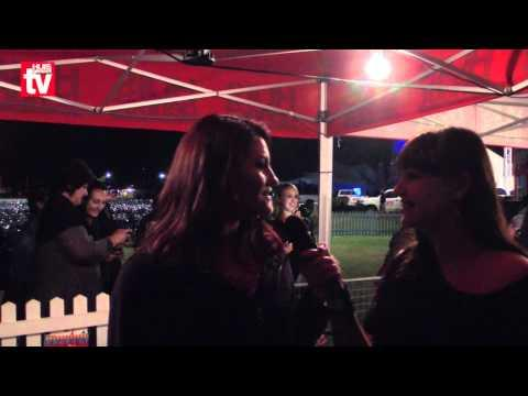 KKNK 2012: Nianell Glo Een Drieling Is Genoeg