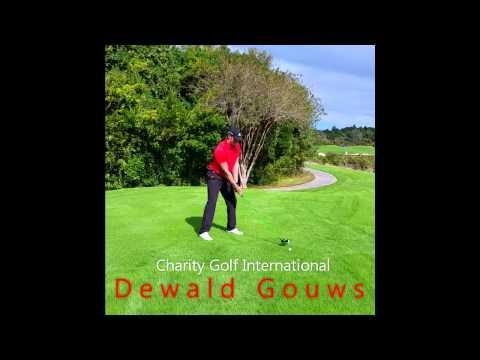 Dewald Gouws Entertains With A Long Drive Across The Quarry