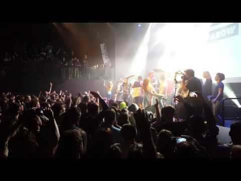 Jack Parow - Grand Finale, People On Stage, Last Song Tivoli Utrecht  30/3/2016