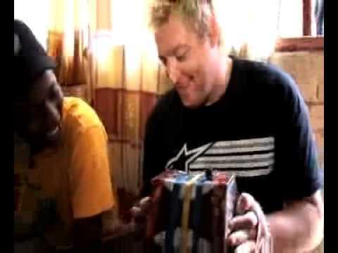 Gerhard Steyn & Zuluboy & Nkulee Dube - Happy Bubbly  (Jam Sandwich)
